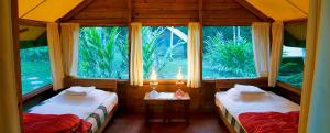 belize_on_budget_camp_casitas_chaa_creek_resort